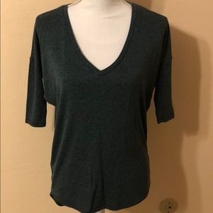 Express 3/4 sleeve top